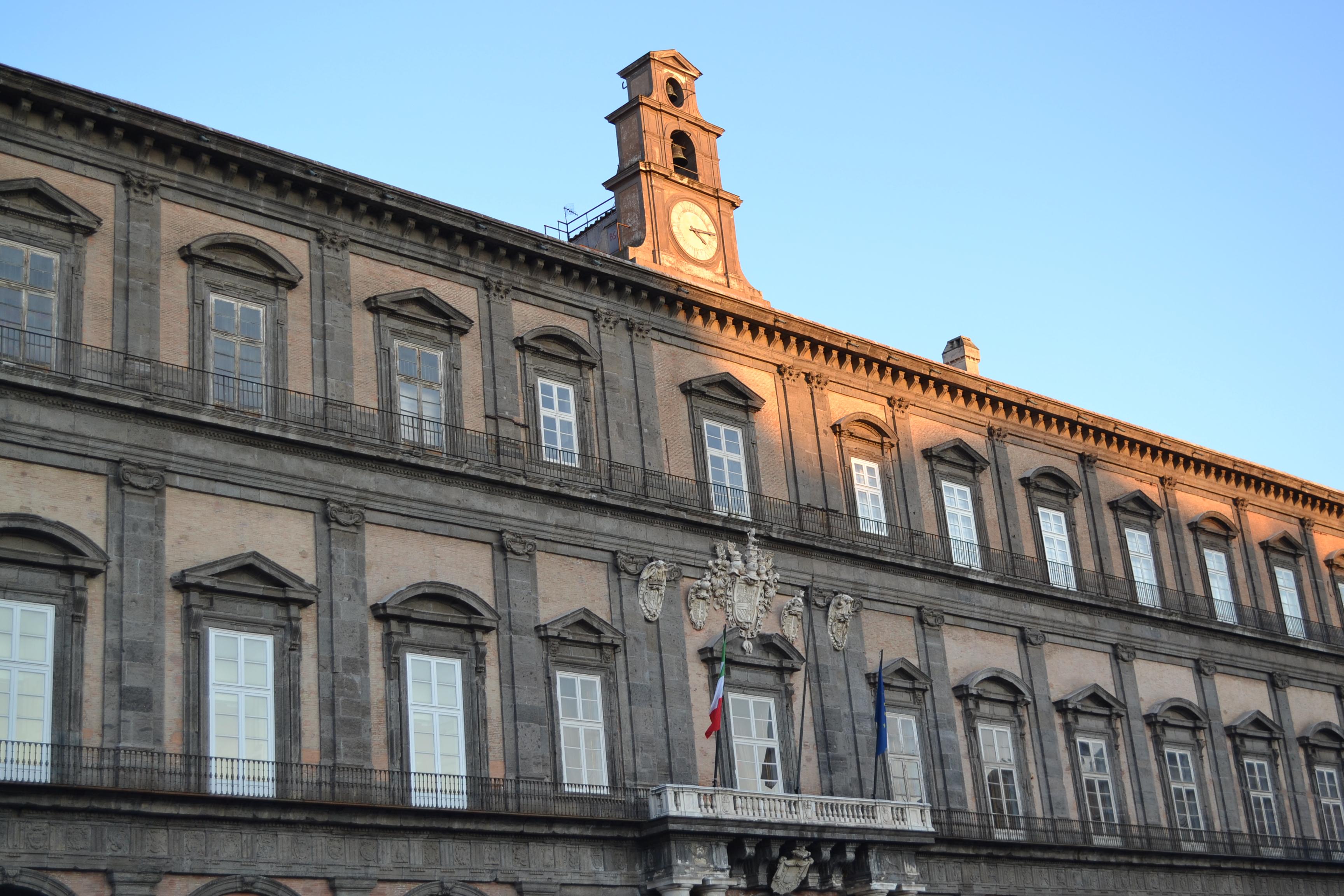 ITALIE - Naples - Palais Royal
