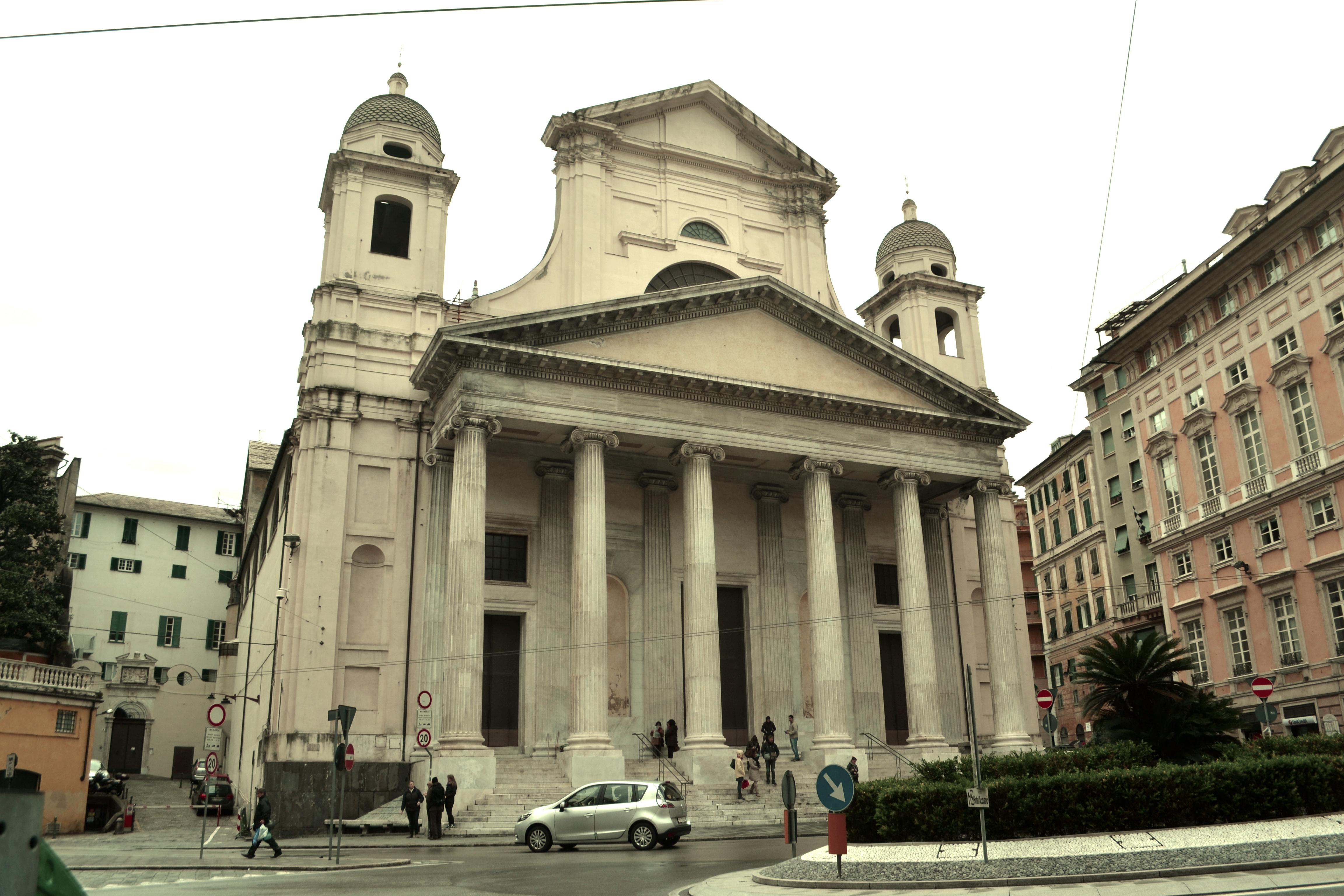 ITALIE - Gènes -piazza della nunziata - genova